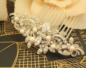 Wedding hair comb,Vintage Style Bridal haircomb,Wedding hair accessories,Bridal hair clip,Wire bridal comb,Pearl hair accessories,Crystal