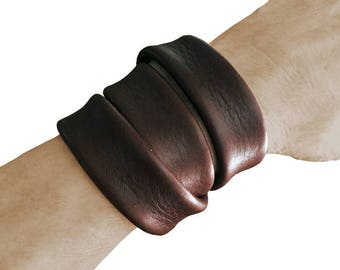 Leather wrap bracelet - Triple Wrap Leather Cuff  Bracelet - Brown cowhide  - Cosplay costume - Leather Wrapping Cuff  - Minimalist Leather