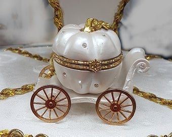 Fairytale Cinderella Pumpkin Carriage Ring Holder