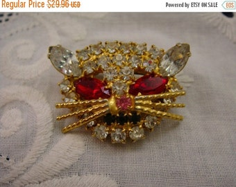 Sale Pre Holliday Vintage Rhinestone Cat Head Pin, Red and Clear Crystal Rhienstones