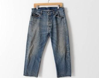 vintage Levis 501 denim jeans, cropped boyfriend jeans, 33 x 25
