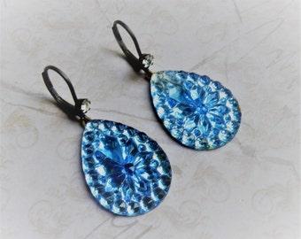 Sapphire Blue Jewel Earrings, Blue Jewel EArrings, Vintage Stones, Tear drop earrings,  Vintage Earrings