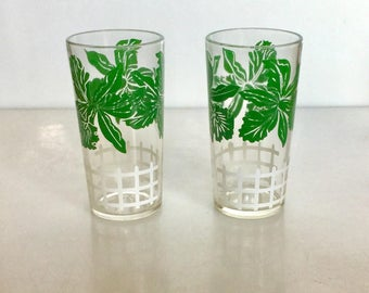 Set of 2 Dark Green ORCHID Design Kitchen Drinking Glasses // 1950s Drinkware