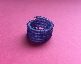 SALE, Blue ring, bead ring, beaded ring, wire ring, memory wire ring, statement ring, adjustable ring, blue bead ring, wire wrap ring