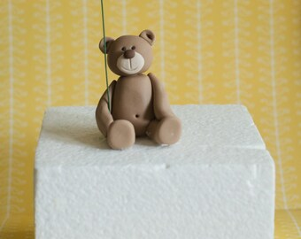 Fondant Bear with a Balloon Perfect for a Smash Cake, Cupcake or a Birthday Cake