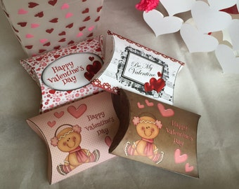 Love you more than Chocolate Pillow Boxes, Valentine's Day Pillow Box, Valentine's Day favors, Valentine's Day,  10p/set
