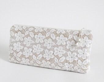 White Lace Bride Clutch Wristlet Purse Floral Wedding Bag Bridal Accessory Wedding Handbag Gift for Her