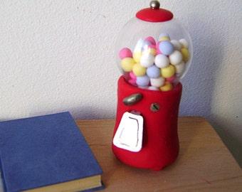 Miniature Bubblegum dispenser for BJDs
