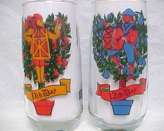 11th & 12th Day Glass From 12 Days of Christmas Series, Pepsi Round Bottom Collectible Holiday Glasses Pipers Piping and Drummers Drumming