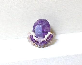 SALE : Amethyst pin brooch - gemstone brooch
