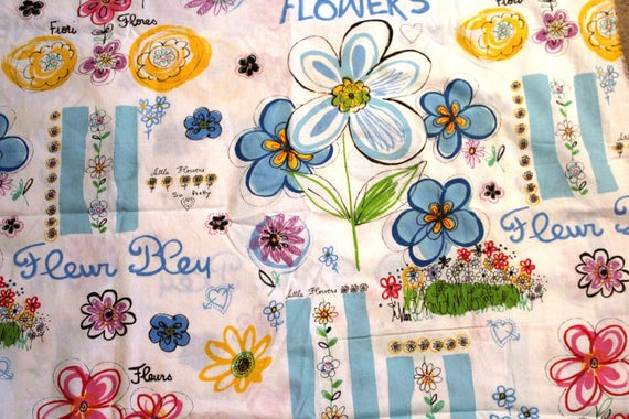 """Large Flower Fabric,Large Floral Fabric,100% Cotton Fabric,END OF BOLT 1 Yard 31"""" x 60"""""""