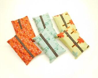 set of 6 tissue holders, giraffe tissue covers, stocking stuffers, small christmas gift, gift under 10, pocket tissue holder, tissue case