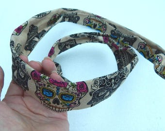 Halloween Day of the Dead Skulls on ecru wired hair accessory headband