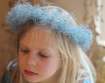 Blue Dried Baby Breath Wreath, Blue Flower Girl Crown, Dried Flowers, Dried Gypsophila