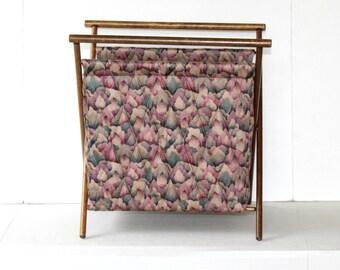 Large Vintage Knitting Bag 2 Pockets , Lavender and Pink Print White Interior , Wooden Folding Knit Bag by Ellen Originals , Knitting Tote