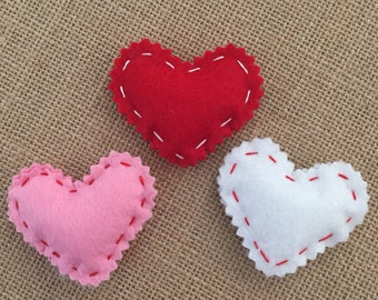 Felt heart brooch lapel pin