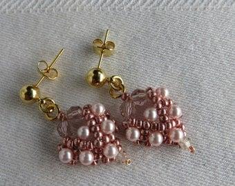 Pink Earrings, Pink Cluster Earrings, Pink Pearl Earrings, Beadwoven Earrings