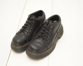 Vintage 90's Dr. Martens Black Leather Low Ankle Boots, Made in England, Womens UK 4, US 6 / ITEM356