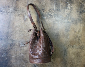 Woven Leather Bucket Bag / Convertible Backpack Purse / Women's Classic Handbag