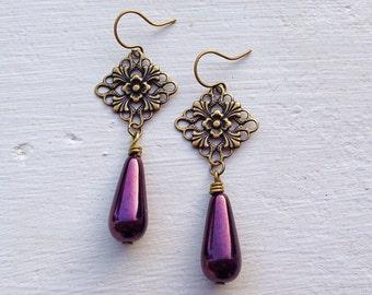 Purple Earrings/Dark Purple Earrings/Art Deco Earrings/Filigree Earrings/Czech Glass Earrings/Victorian Earrings/Purple Bridesmaid Earrings