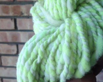 Spin Green Handspun Hand dyed Portuguese Merino 96 g