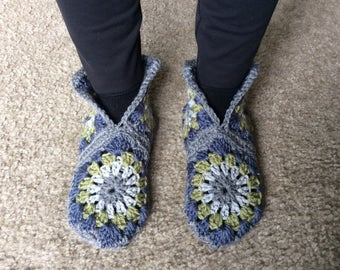 Handmade crochet hexagon slipper boots, house shoes in blue, green and gray