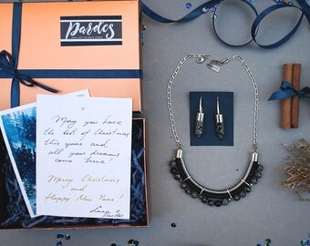 Magic BOX in BLACK necklace and earrings by Pardes