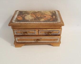 Vintage Musical Jewelry Box 2 Drawer Musical Jewelry Box Ornate Gold Wood Box Lined Box French Jewelry Box Romatic Renaissance Style