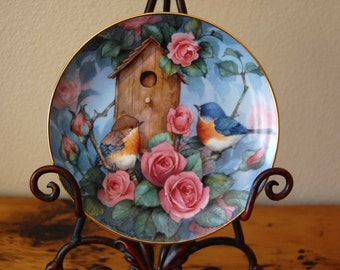 Vintage Carolyn Shores Wright Settling In Collectors Plate Royal Doulton Franklin Mint Bird Collectors Plate from The Eclectic Interior