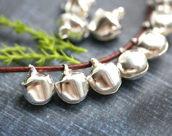 20pc Silver Tone Jingle bell charms, Lightweight metal Christmas Bell pendants, jewerly making, Nickel Lead free - F509