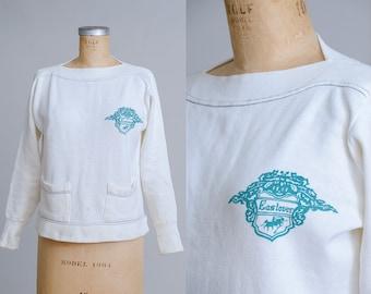 1950s Sweatshirt Eastover Slash Collar with Two front Pockets White Cotton Sweatshirt