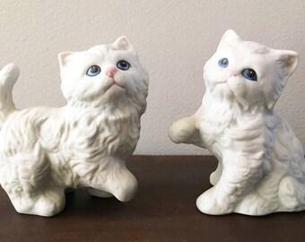 White Kittens / 2 Ceramic Blue Eyed White Kittens by Homeco Japan