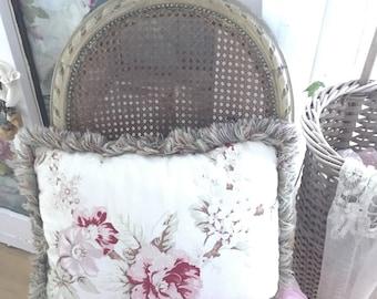 Shabby chic pillow with rosesshabby chic prairie cottage chic