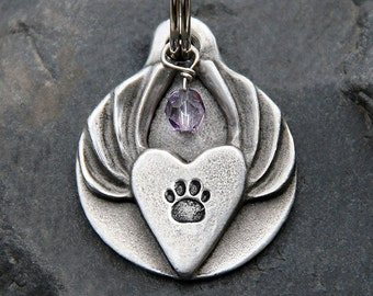Pet Memorial Gift - Dog Memorial Keychain - Heart with Angel Wings - Pet Loss Gift - Dog Loss Gift - Custom - Personalized
