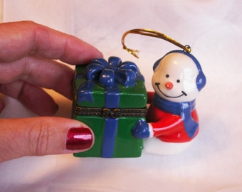 Vintage Porcelain Snowman Trinket Box Hanging Ornament Christmas Treasure Keeper Snow Man Ring Box