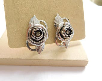 Vintage Shining Silver Tone Metal Rhinestone Rose Flower Screw Back Earrings