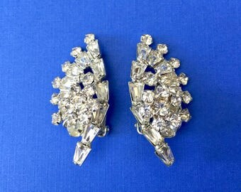 Beautiful 1950's Rhinestone Clip on Earrings