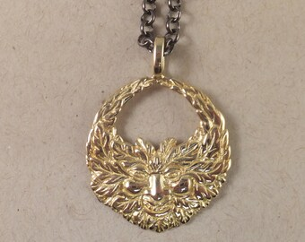Stunnin GREEN MAN Necklace! Gold-toned Brass, FREE Shipping, gift box.