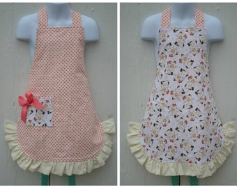 Apron For Little Girls, Cute Kitten Apron, Little Girl Apron, Reversible Apron,  Ready to Ship