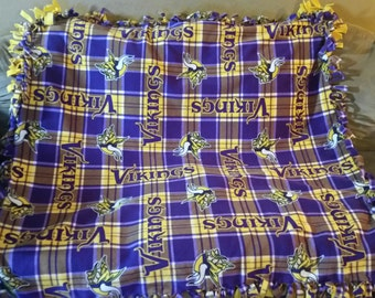 Minnesota Vikings Fleece Tie Blanket