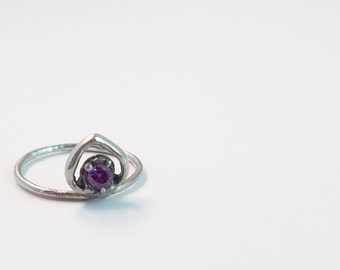 Sterling Silver Heart Shaped Midi Ring with Amethyst Cubic Zirconia Stone Cast in Place Size 4 / Lost Wax Casting / Je T'Aimee Jewelry