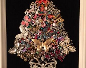 Vintage Jewelry Framed Christmas Tree ~ BEAUTIFUL BUTTERFLIES Jewelry Tree ~ Black Velvet ~ Heirloom Keepsake