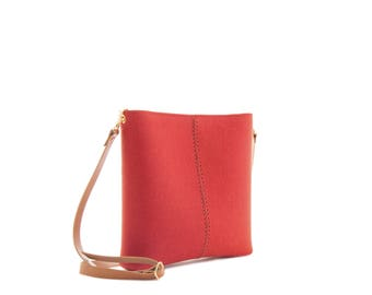 Small crossbody bag / wool felt bag / felt crossbody bag / small womens bag / orange bag / made in Italy