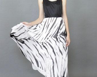 Vintage 70s Lilli Diamond Zebra dress M/L