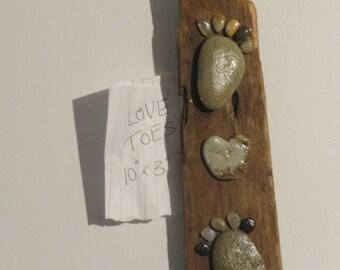 "Beach Stone Driftwood Art ""Love Toes"""