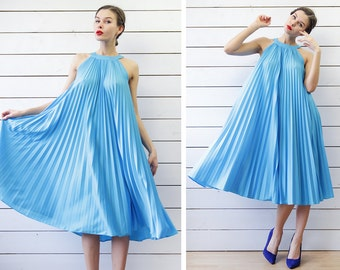 70s vintage sky blue extra full circle accordion pleated babydoll midi sun dress