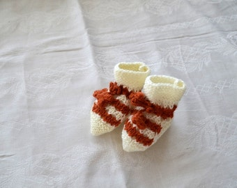 Baby socks crochet baby shoes, Baby Booties, baby shoes, baby booties 0-12 month baby, crochet ladybird booties