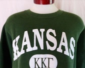 Go KU Jayhawks vintage 90s University of Kansas ΚΚΓ Kappa Kappa Gamma forest green graphic sweatshirt crewneck pullover jumper white logo XL