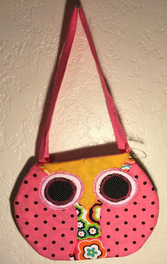Pink Owl Purse (yellow beak)