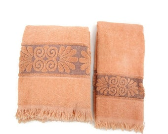 Vintage Cannon Bath Towel Set - Cannon Monticello Towels - Coral Orange Peach Towels - Glamper Decor - Free Shipping - 3HTT17